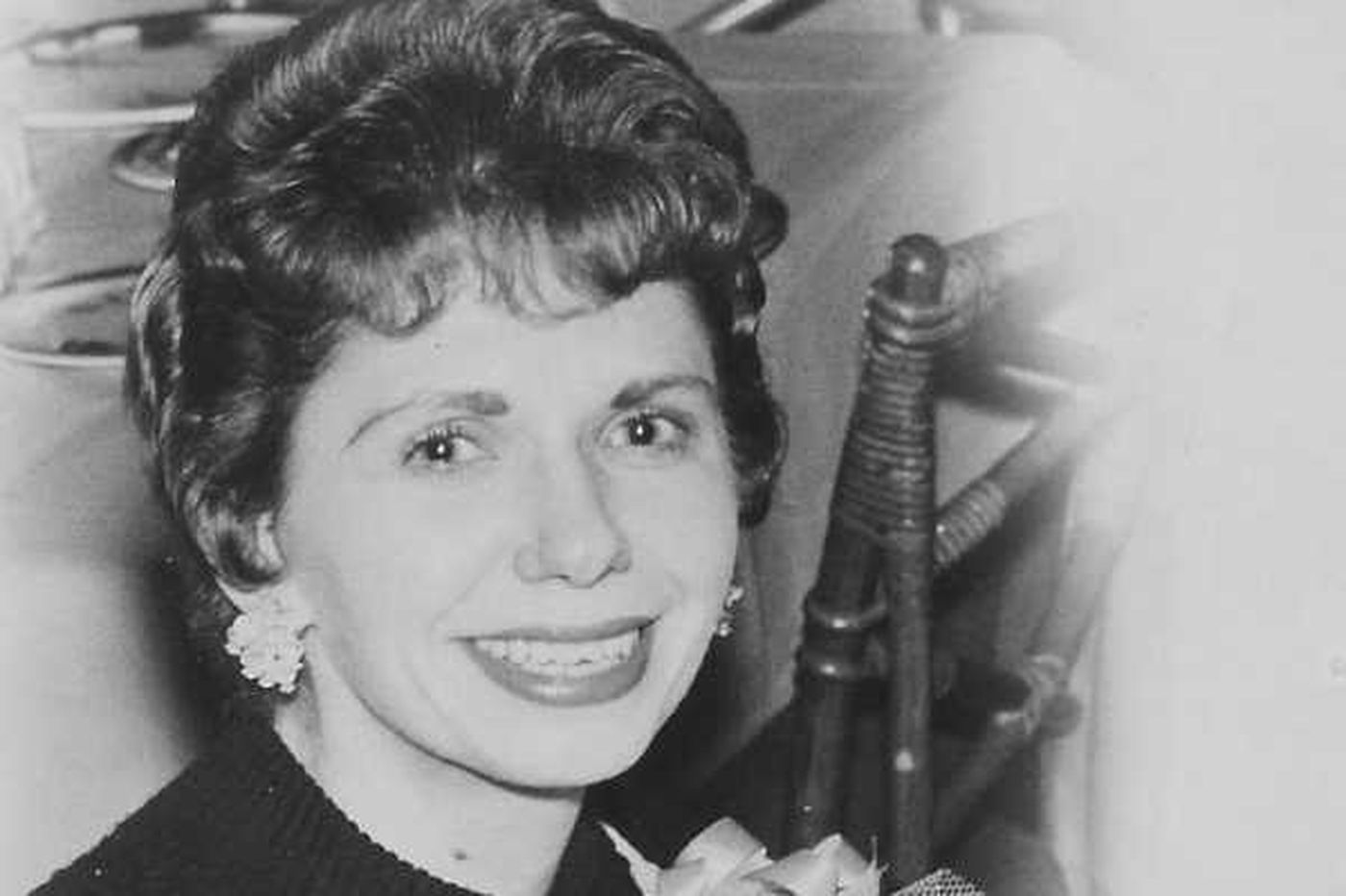 Joan Groff, 88, health advocate and single mother