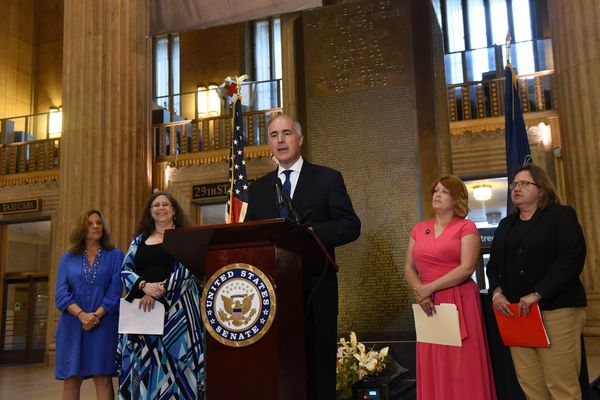 In Philly, Sen. Casey demands Trump administration produce plan to reunite separated families