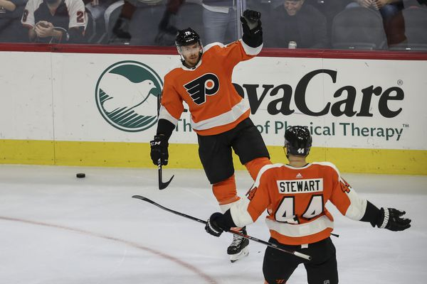 Raffl, fourth-liners showing their worth for Flyers