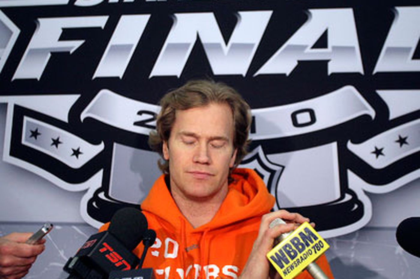 Pronger makes Flyers stronger in playoffs