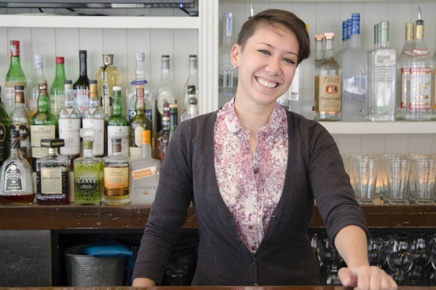 Ask the barkeep: Tips for a blind first date