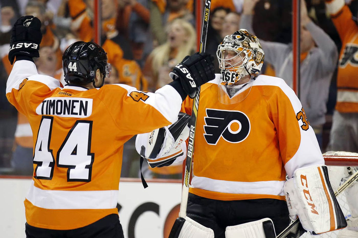 Flyers hope past is prelude