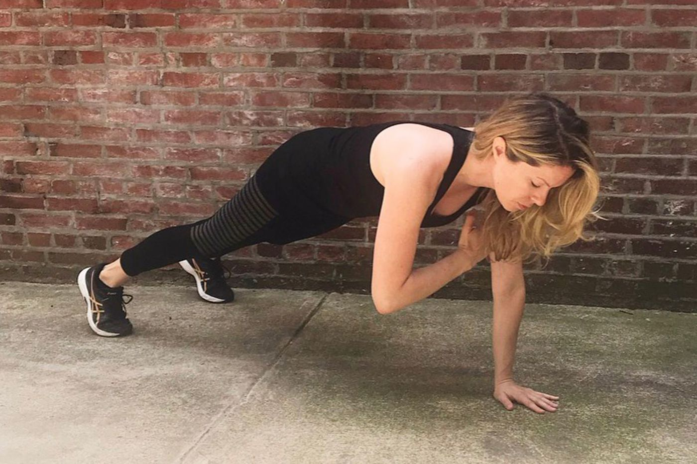 3 ab exercises more effective than sit-ups and crunches