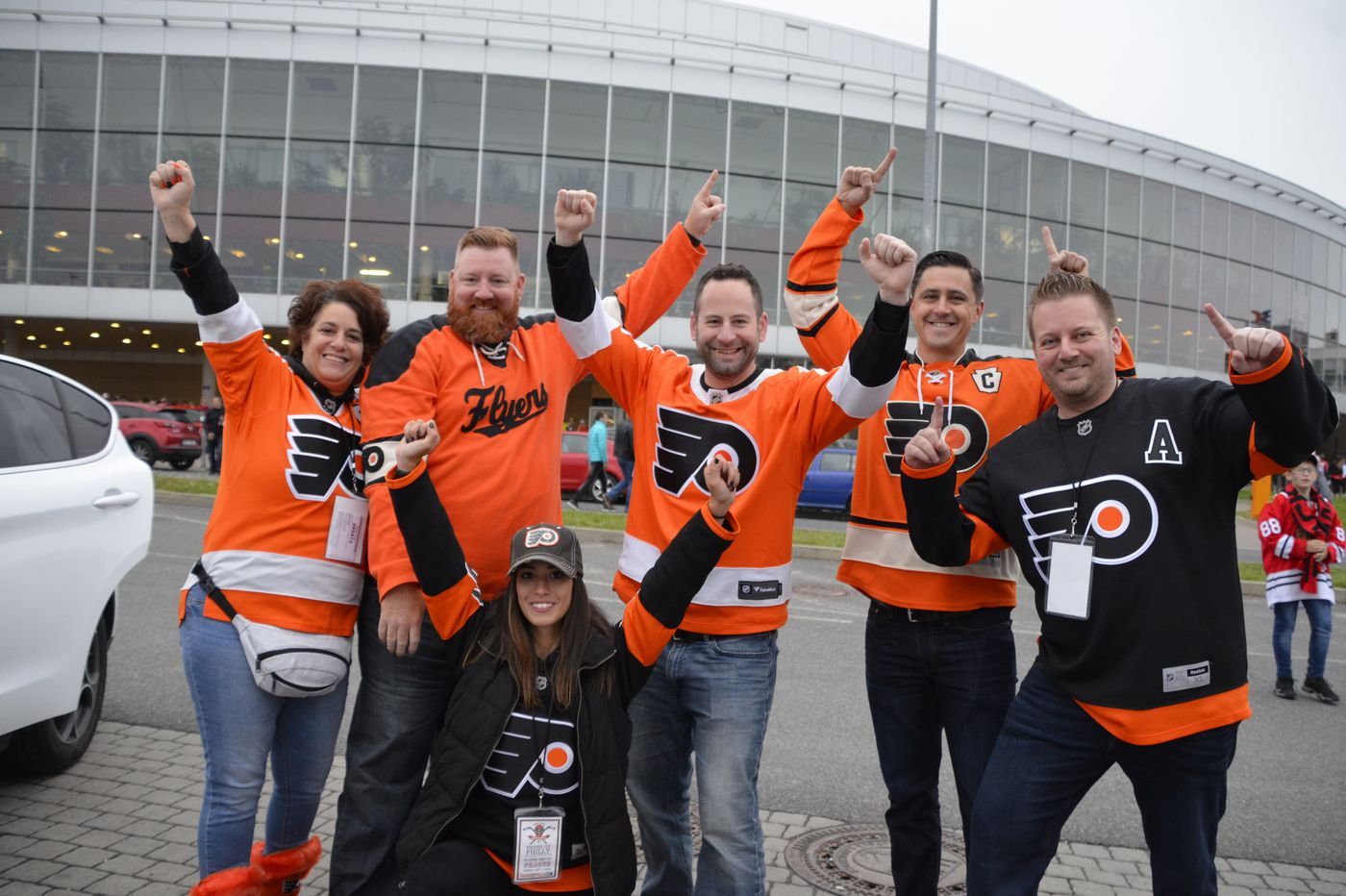 Flyers' fans turned Prague into a sea of orange