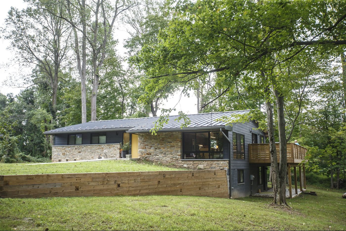 Abandoned Southampton home transformed into modern retreat for father and daughter