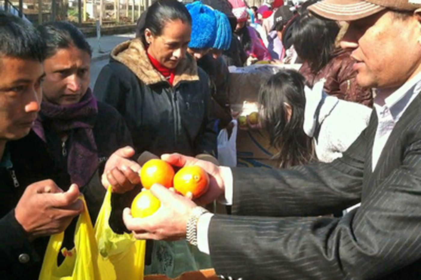 Donated fruit a godsend to new wave of immigrants