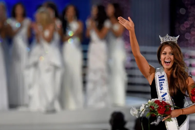 Newly crowned Miss America 2018, Miss North Dakota Cara Mundin takes her winner's walk at the 97th Miss America Pageant in Atlantic City Sunday night, September 10, 2017.
