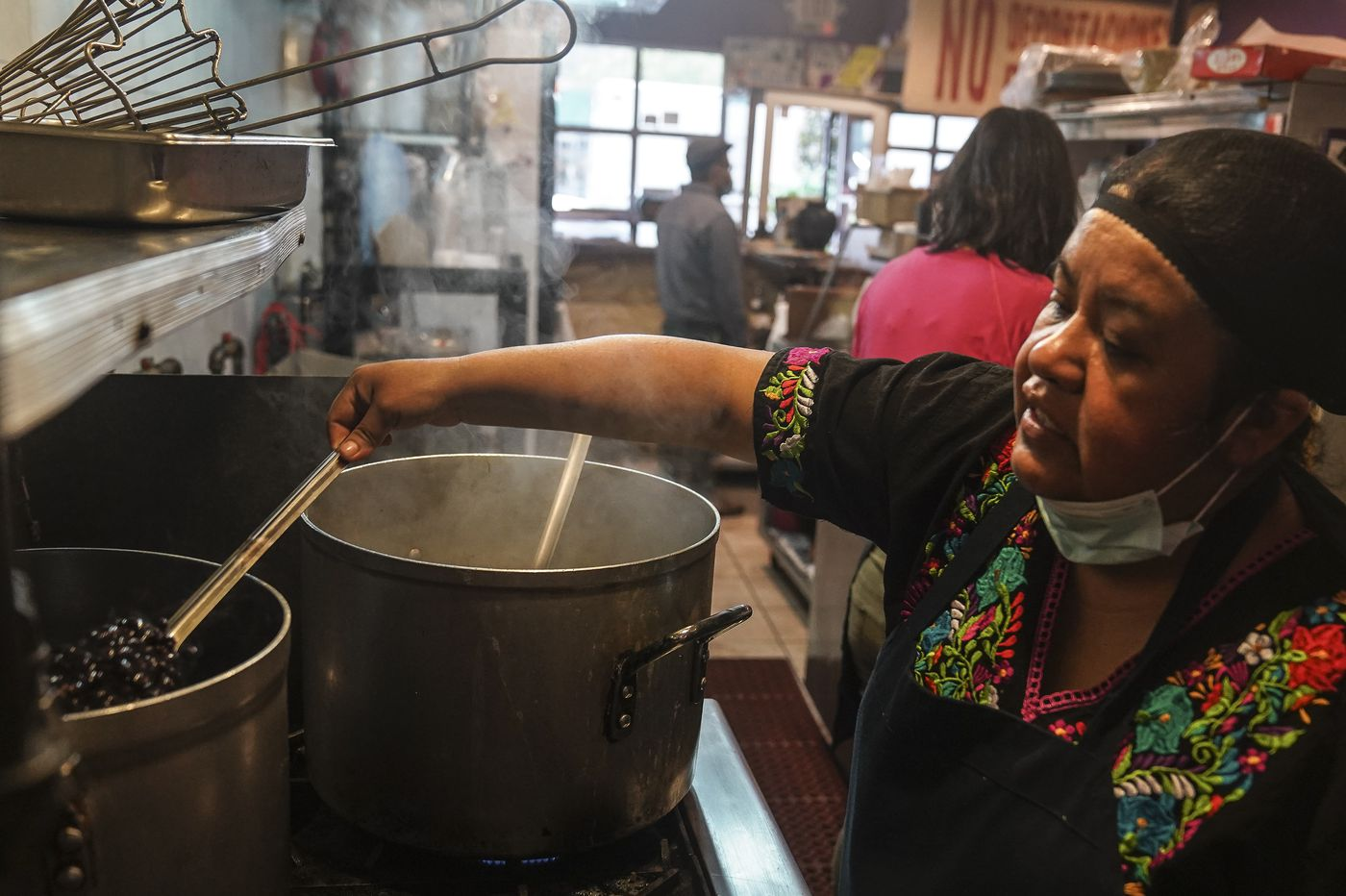 This award-winning South Bronx restaurant turns into soup kitchen to help the poor