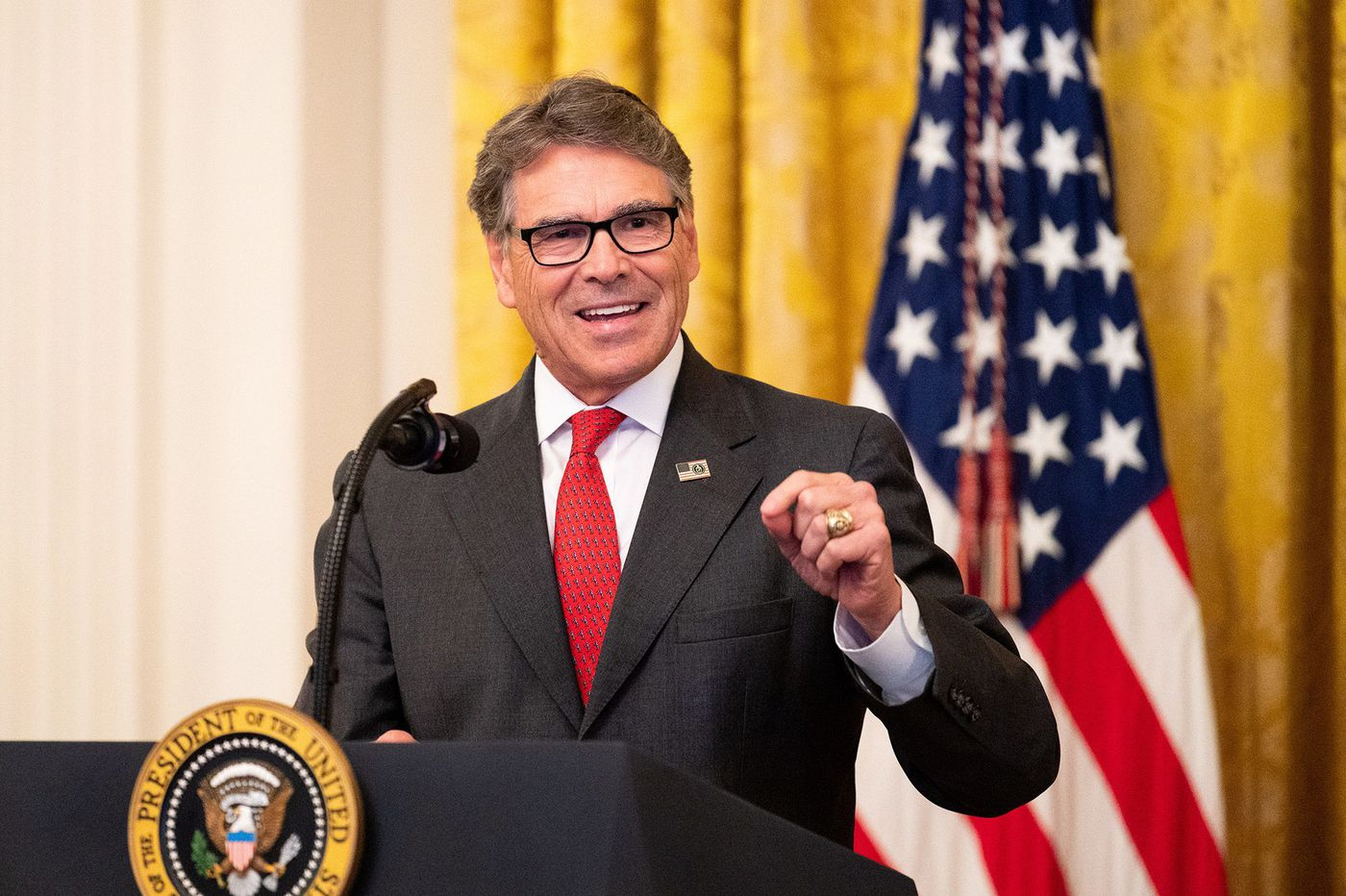 Energy Secretary Rick Perry meets with Ukrainian officials as impeachment probe intensifies