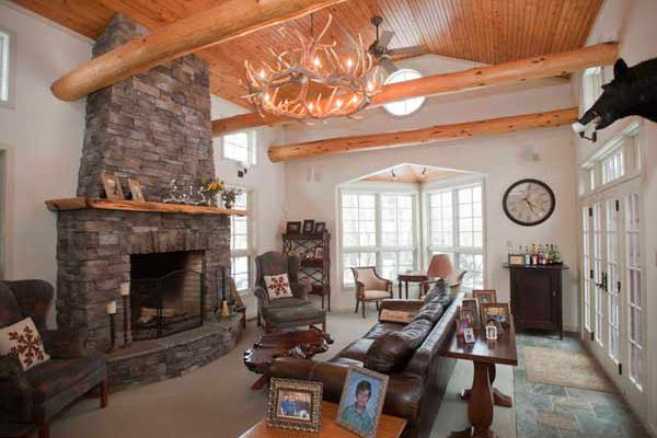 Haven: In Medford Lakes, a combination of rusticity and elegance