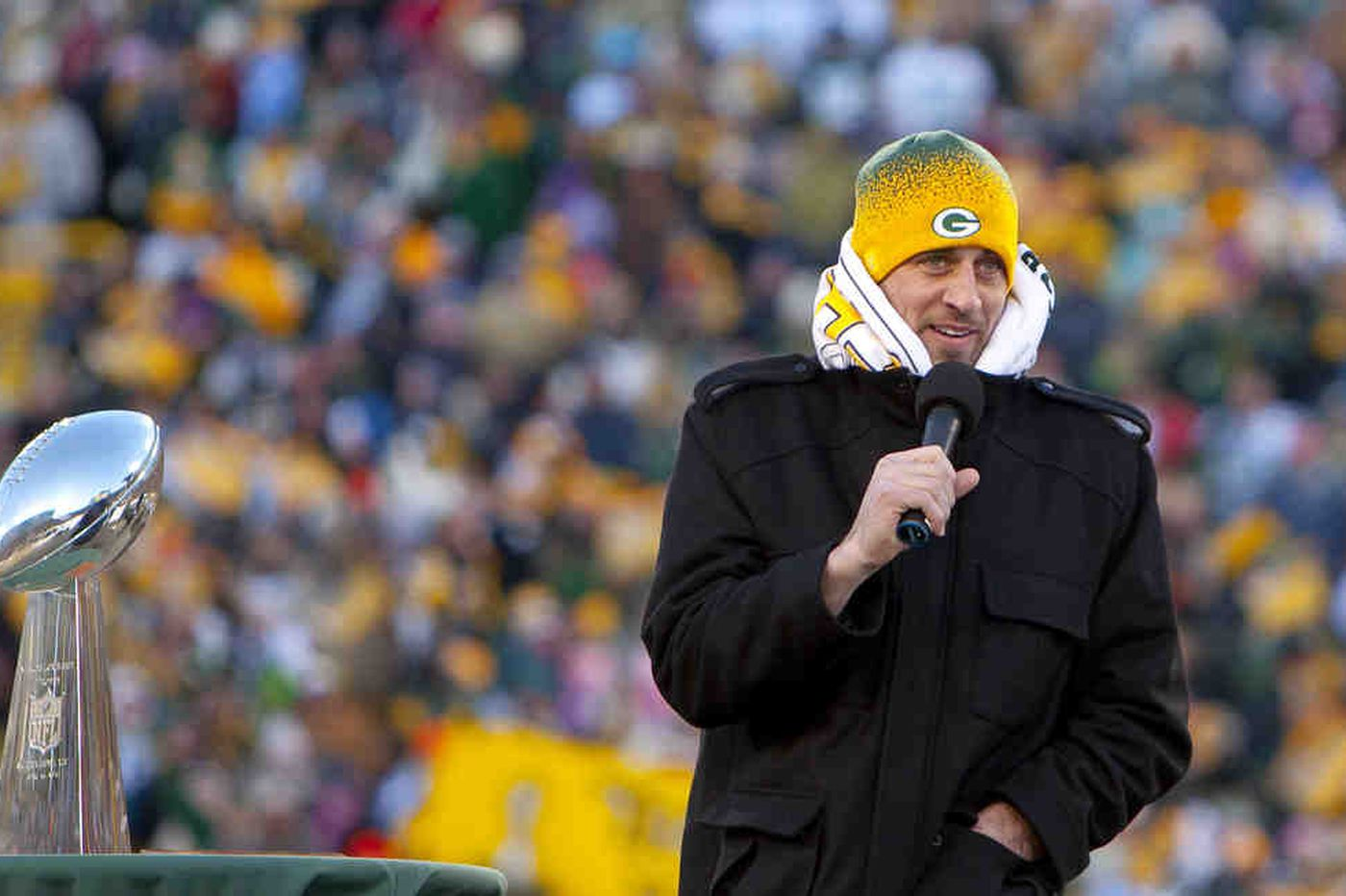NFL: Warm welcome for Packers in frigid Green Bay