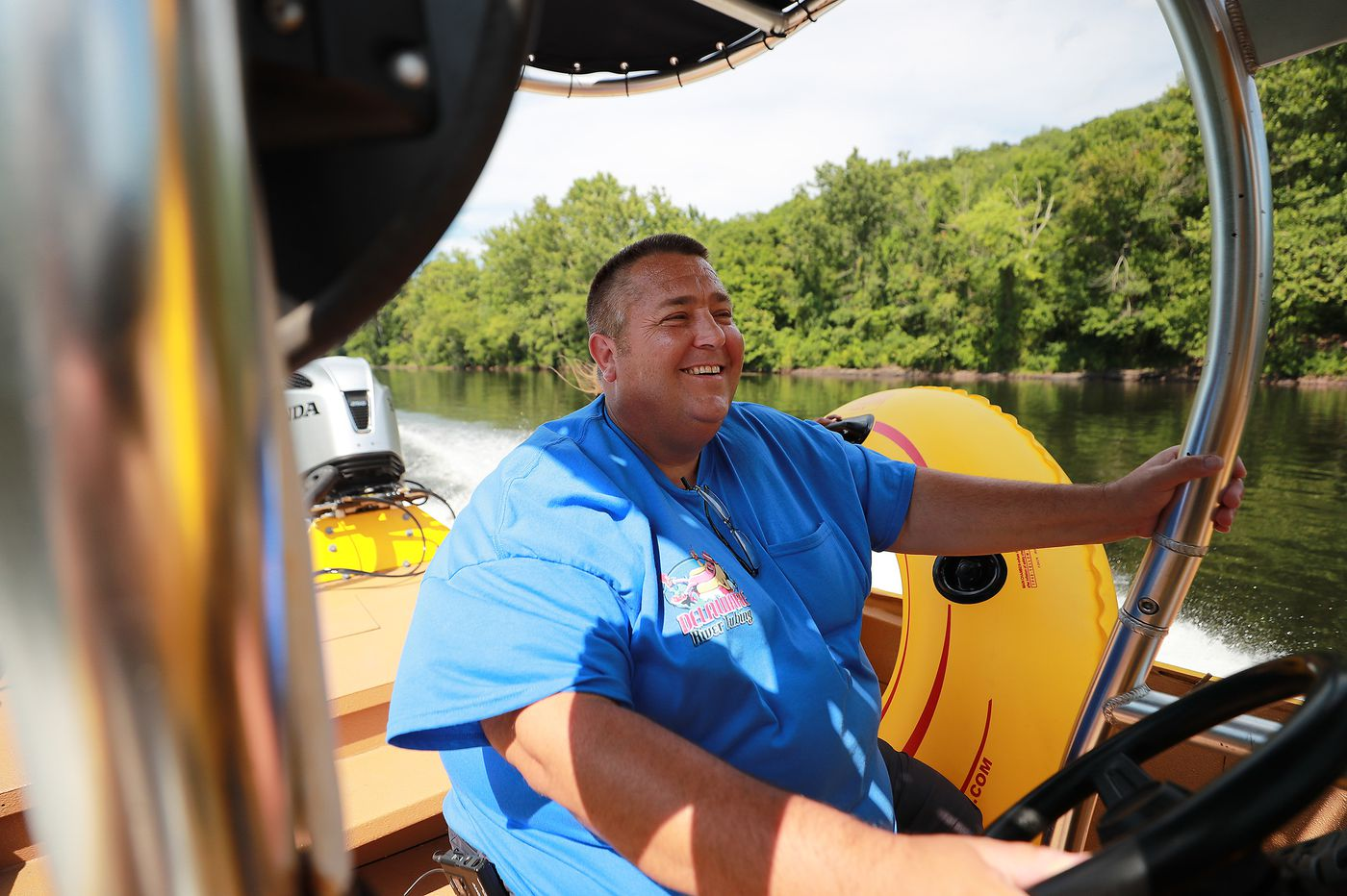 Famous River Hot Dog Man keeps tubers afloat and well-fed on the Delaware