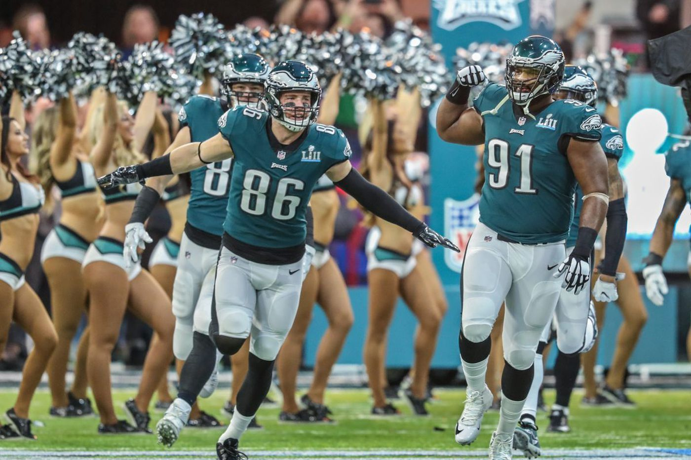 Zach Ertz contract restructure gives Eagles added salary cap space