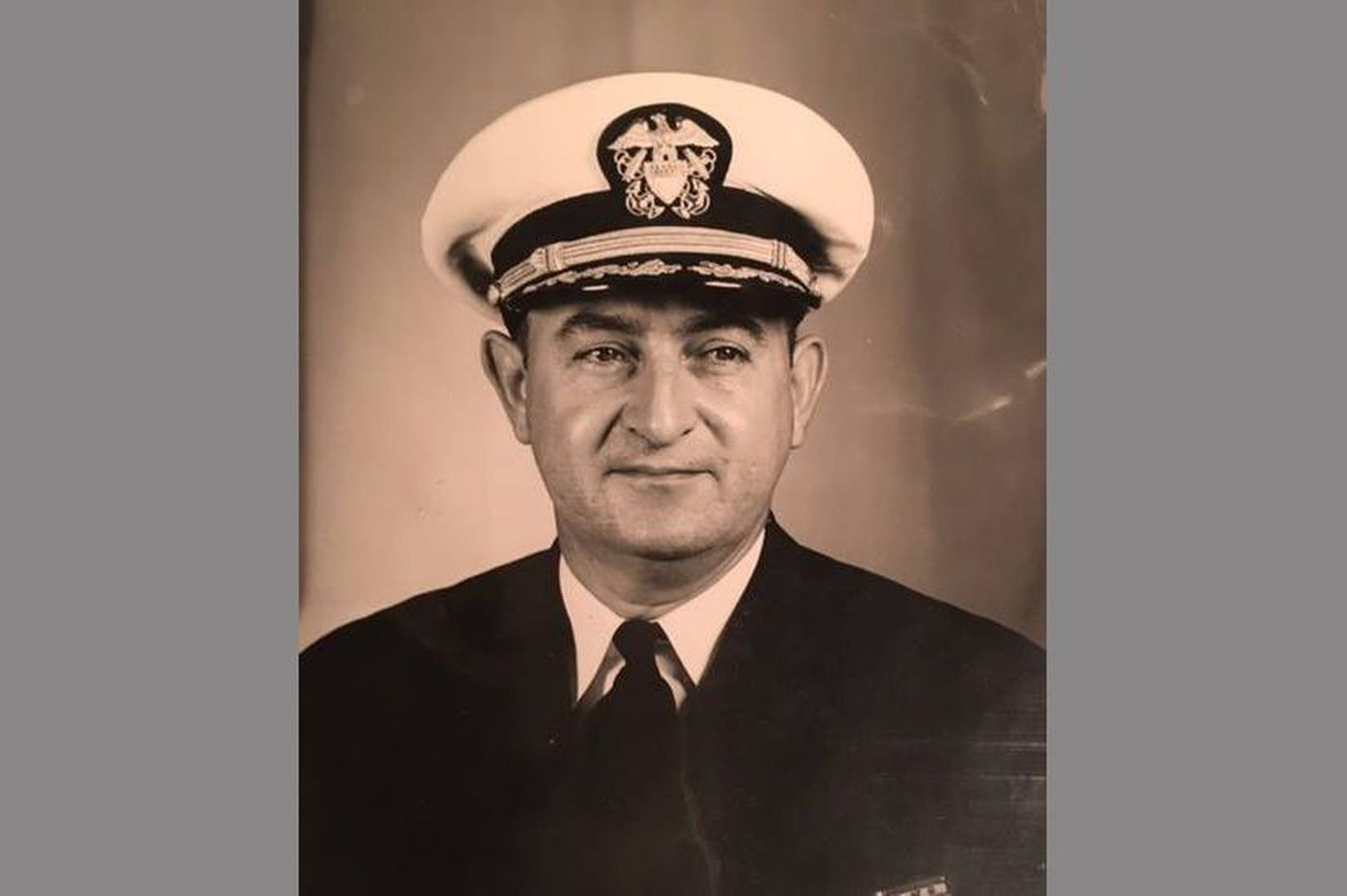 The Philly sports fan who became a WWII hero | Frank's Place