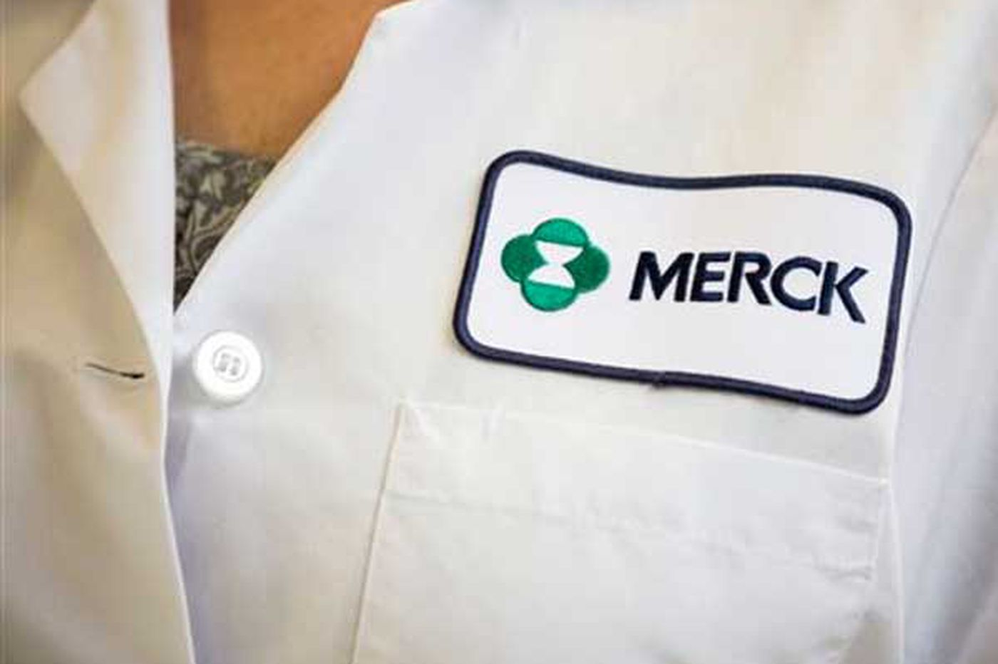 Sales rep sues Merck, alleges sex discrimination