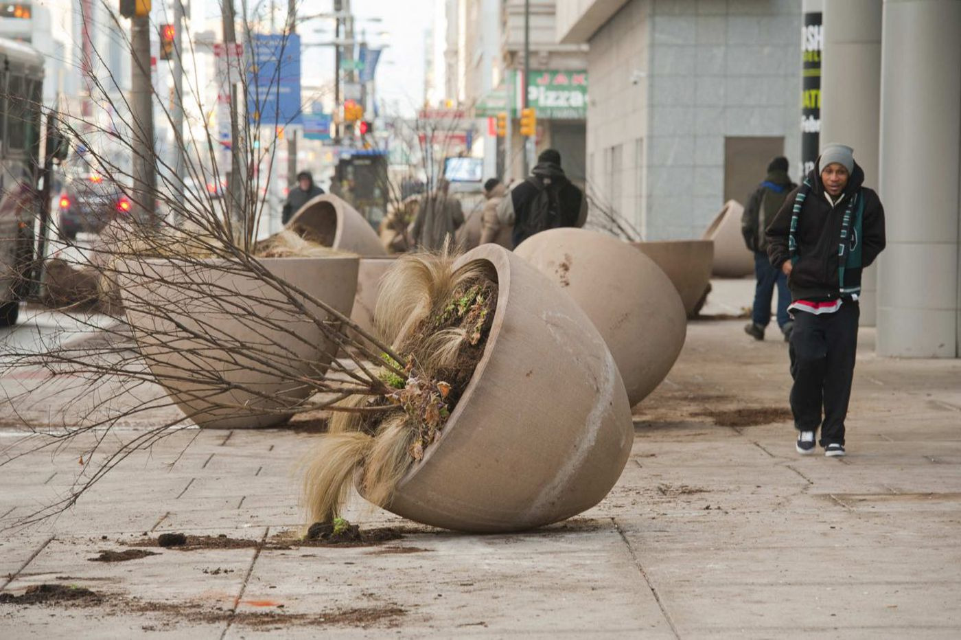 After Eagles' Super Bowl celebrations, clean up turns to parade prep