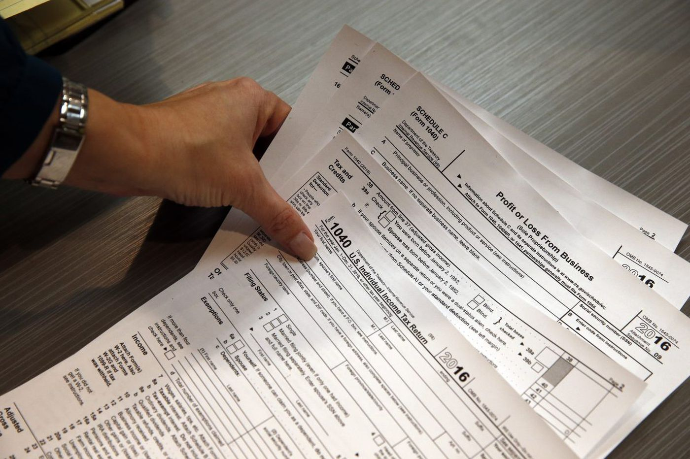 New tax guidelines rely on workers to double-check their paychecks