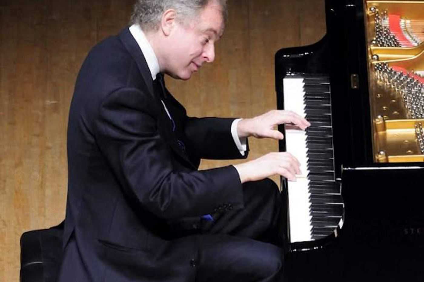 Review: Andras Schiff's piano marathon rewards