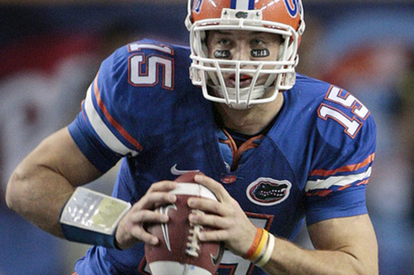 Maxwell goes to Gators' Tebow