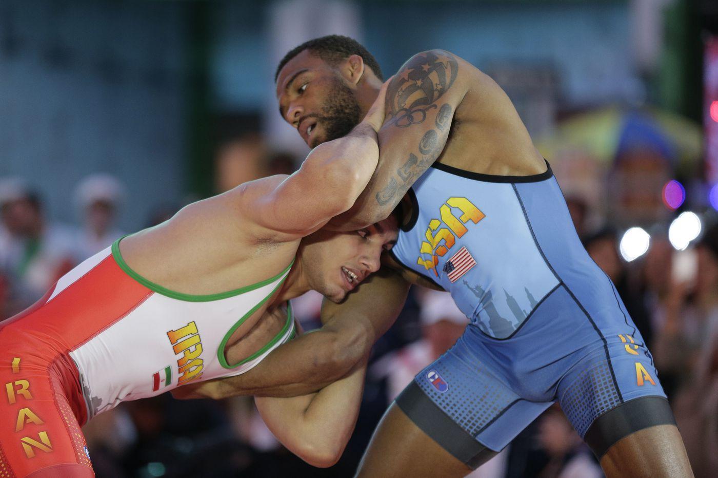 Jordan Burroughs wrestling Iran s Pehman Yarahmadi at an event in New York  in 2016. 16b74a908