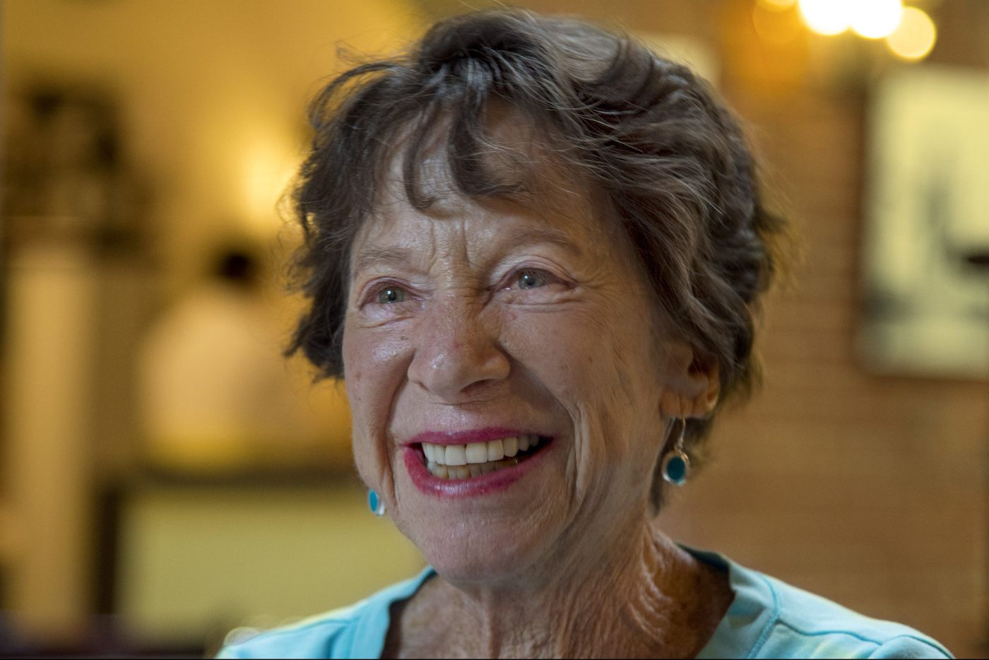 'You don't have to be Bill Gates to do this.' College donor Ruth Rovner's friendship is changing students' lives
