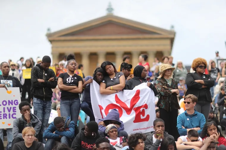 Hundreds #FillTheSteps Against Violence on the Art Museum step organized by Inquirer and Daily News columnist Helen Ubinas Monday June 11, 2018.