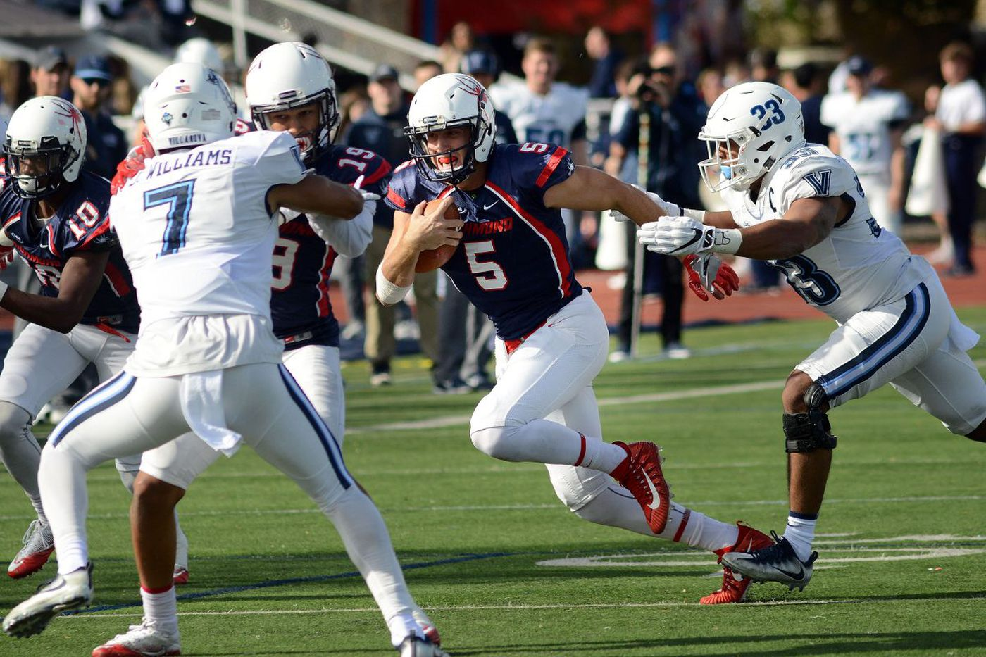 Could Downingtown East product Kyle Lauletta end up being Tom Brady's successor?