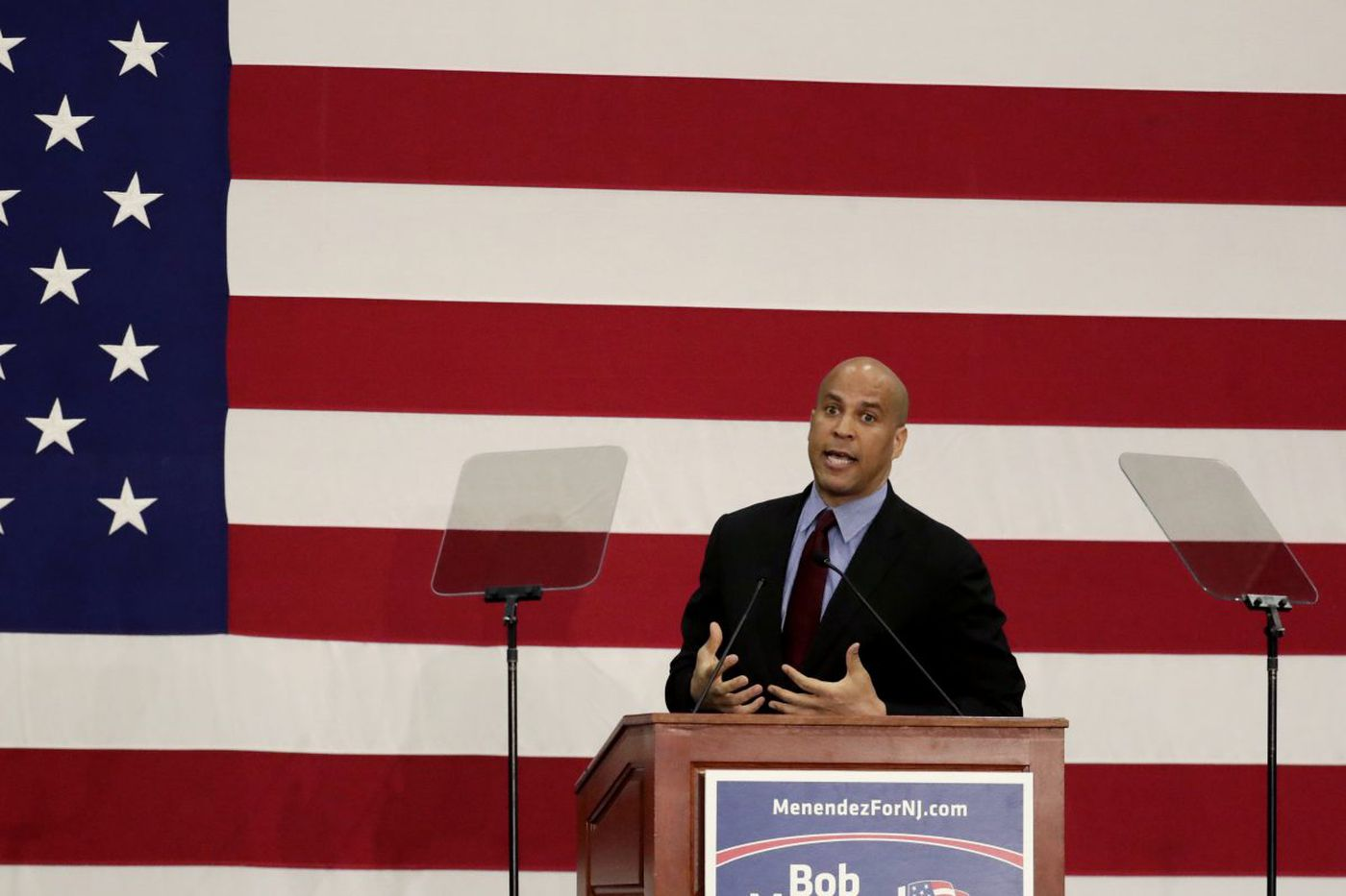 N.J. Sen. Cory Booker to be Temple's commencement speaker May 10