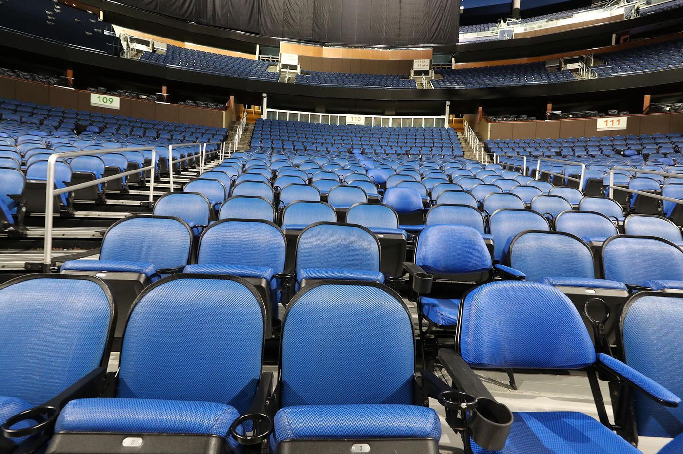 Flyers don't need the noise, weird as an empty arena will be   Sam Carchidi