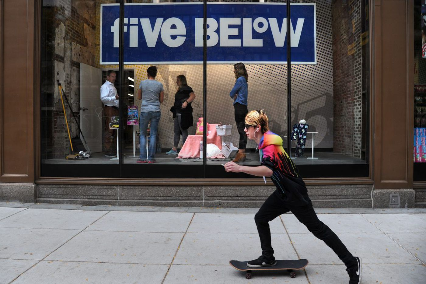 Five Below adds to its empire with new Market Street store