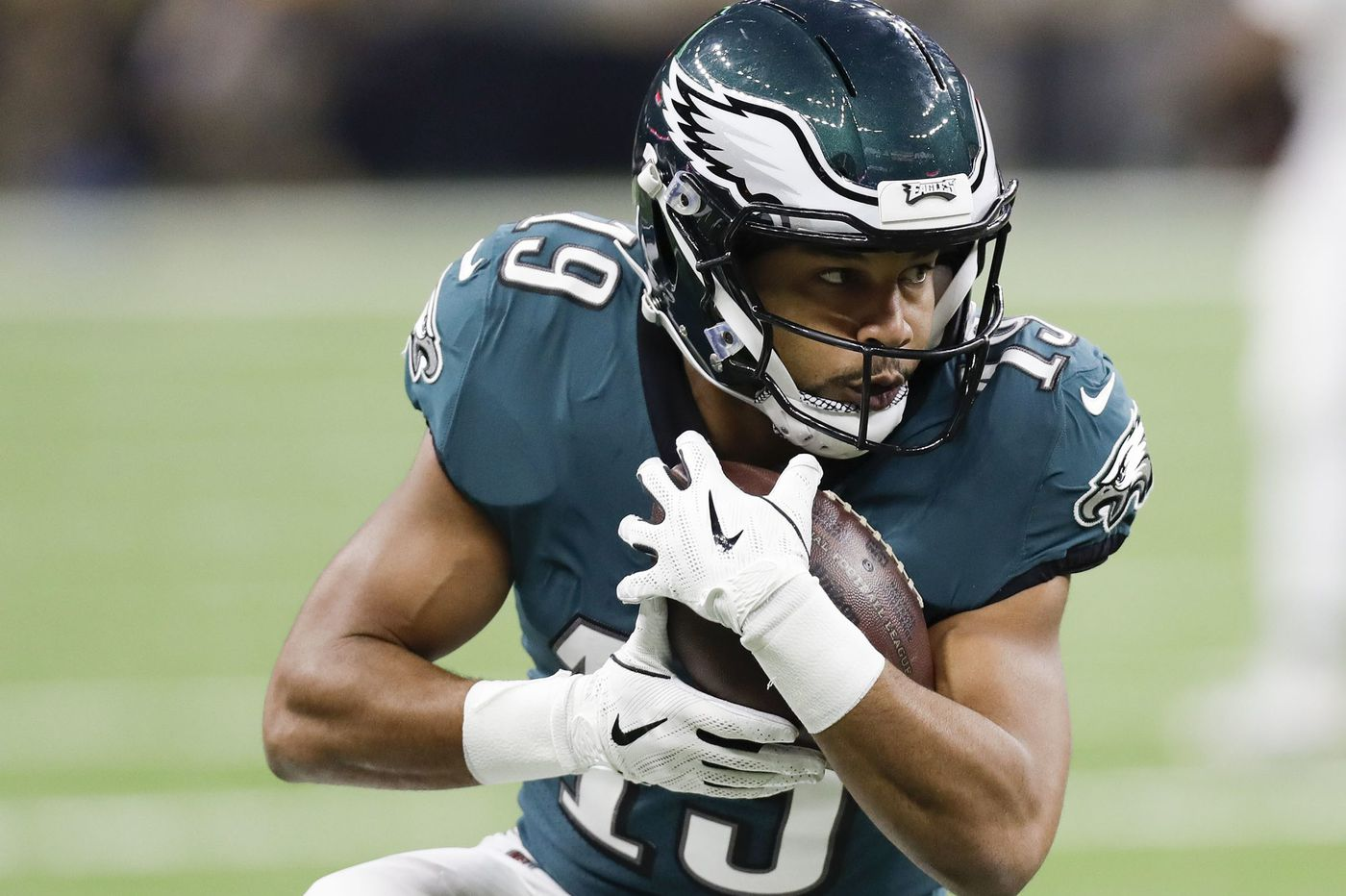 With the Eagles, Golden Tate is catching on to a different kind of offense | Bob Ford