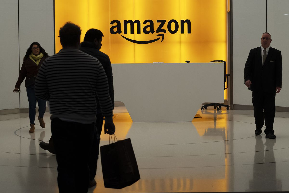 Amazon is looking to hire 30,000, plans nationwide job fairs. Some pay more than $100,000