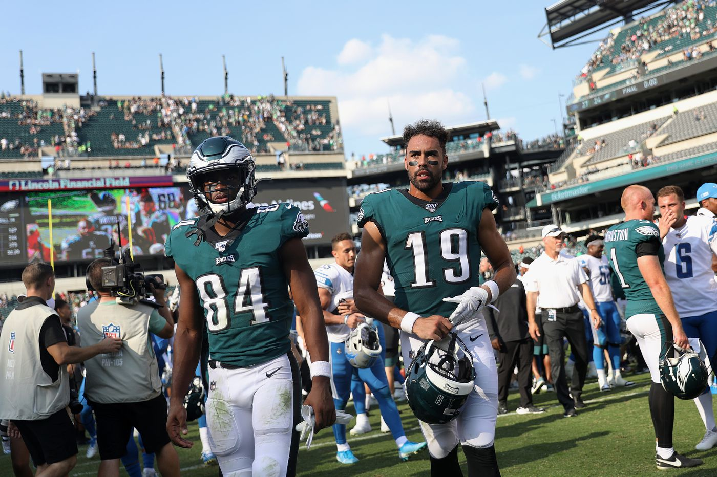 Injuries have hurt the Eagles' wide receivers group, but leadership and coaching also figure into its struggles