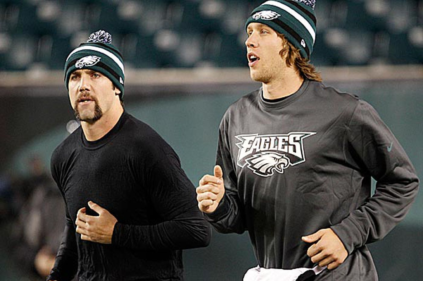 Eagles' Trent Edwards serves as mentor to Nick Foles