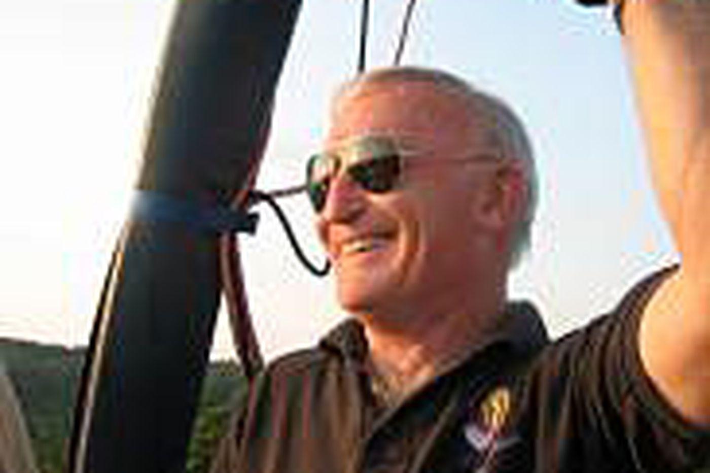 Pilot in hot air balloon crash identified