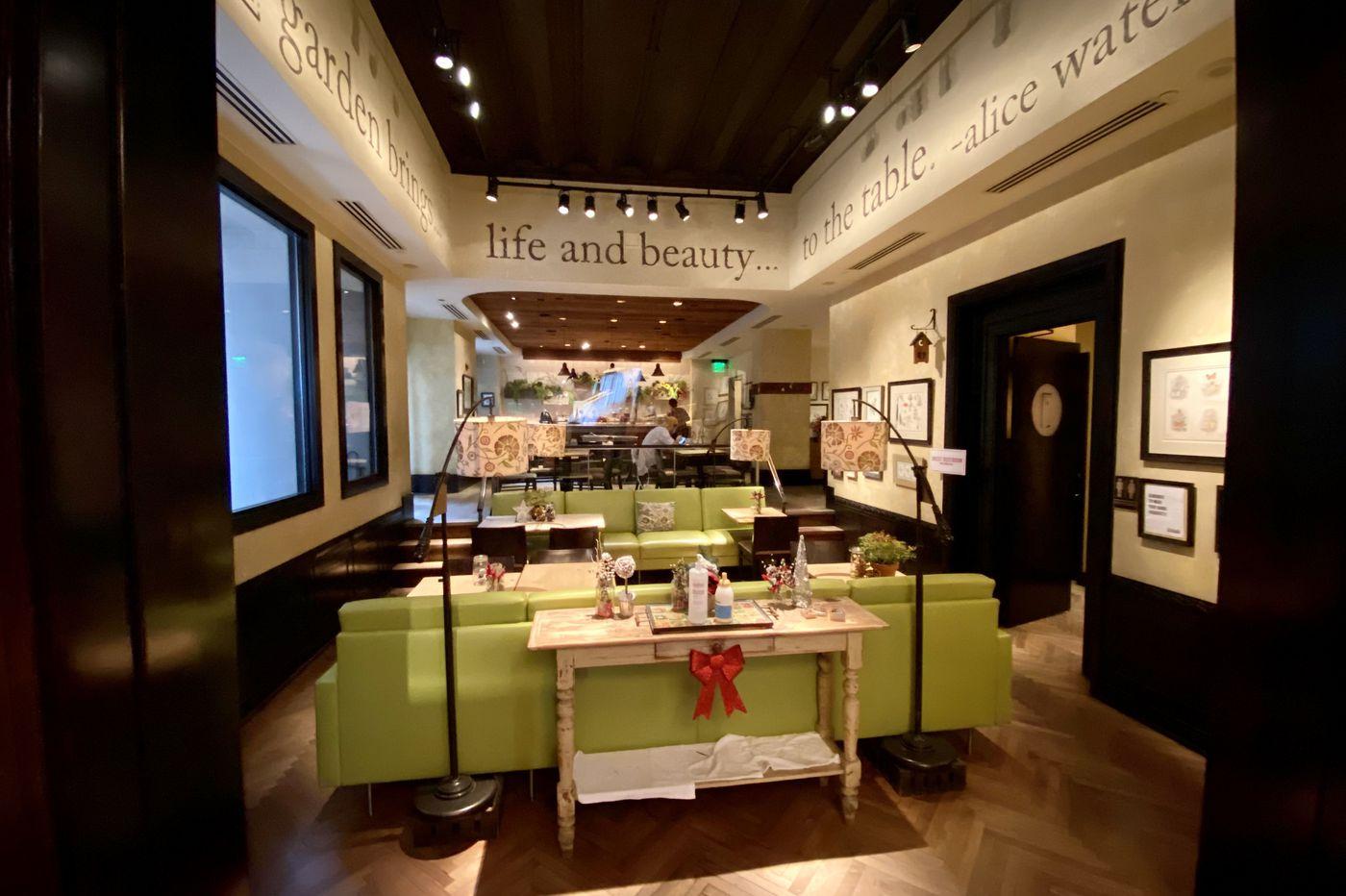 Indoor dining will return to Philadelphia on Saturday. Will it help restaurants?