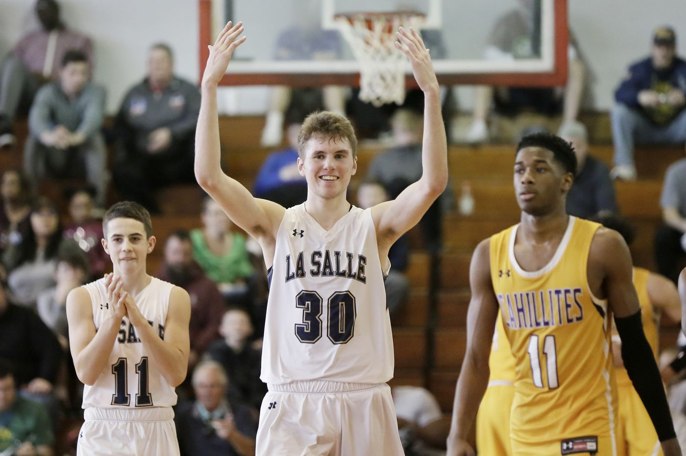 PIAA Class 6A playoffs: La Salle knocks off Roman Catholic, will play Pennridge in semifinal on Tuesday
