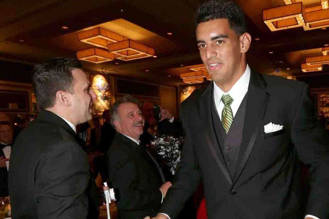 Why Mariota thinks he still could be an Eagle