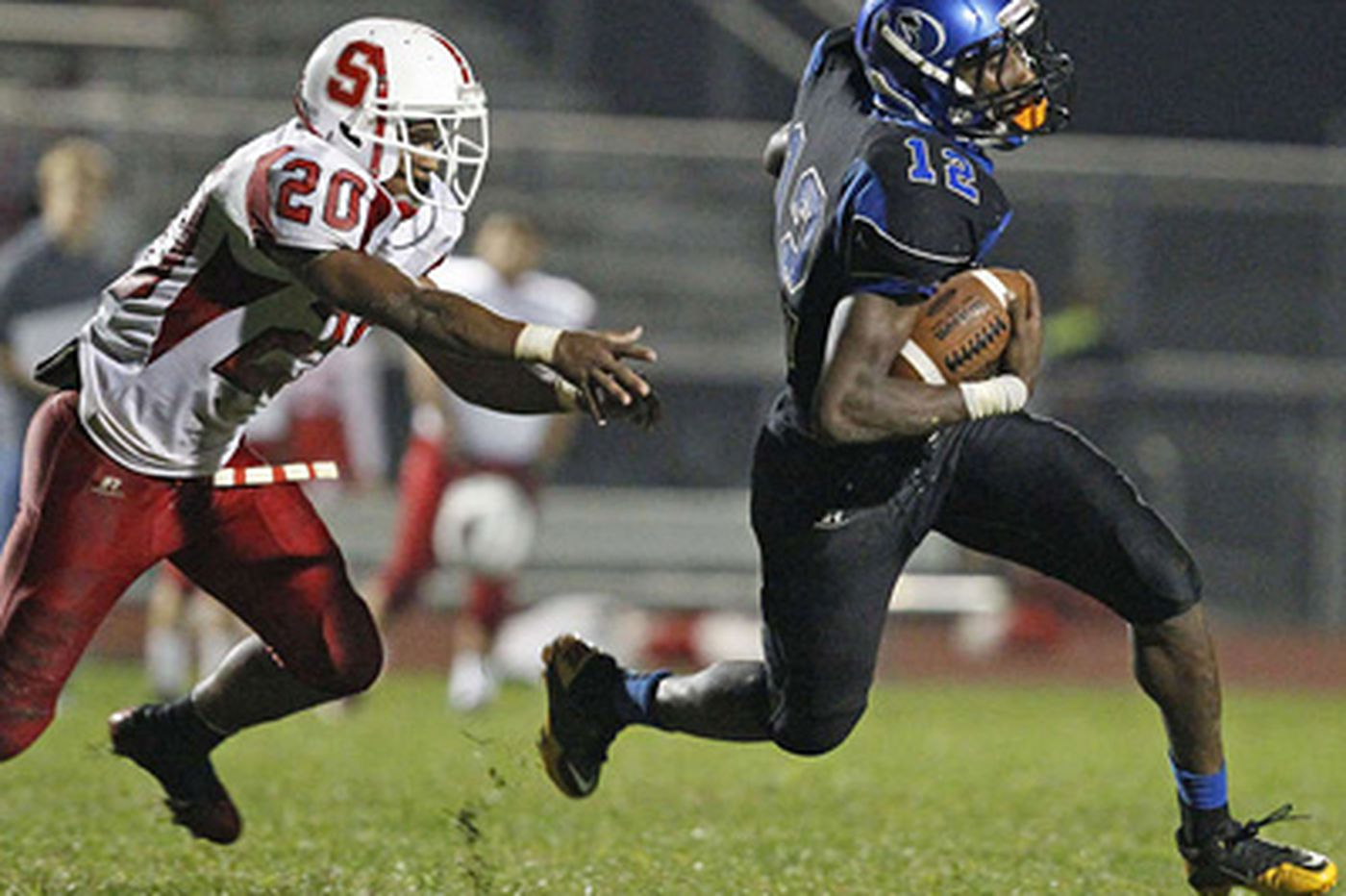 C.B. South RB Adams commits to Notre Dame