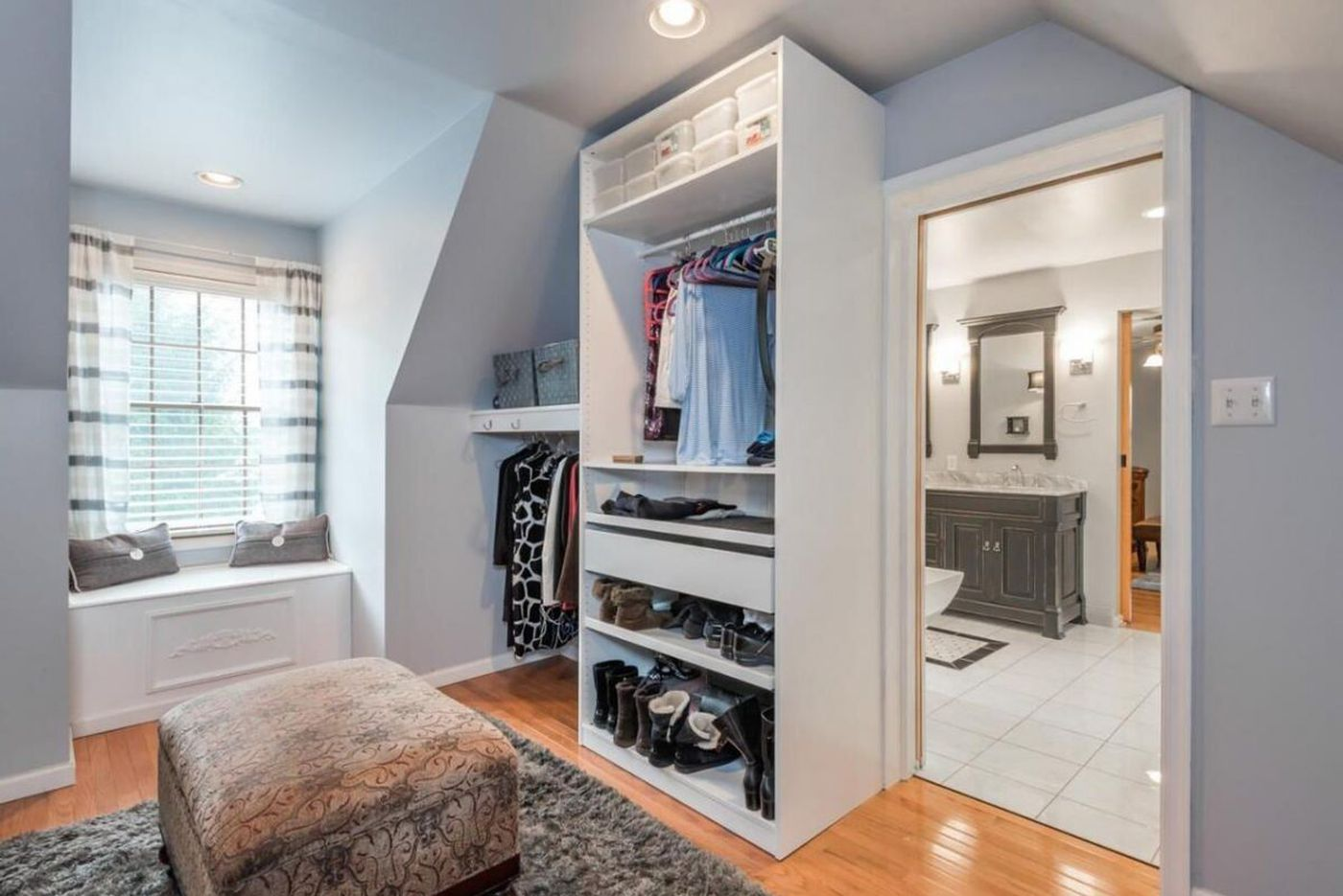Suburban Philadelphia houses with dressing rooms the size of some studio apartments