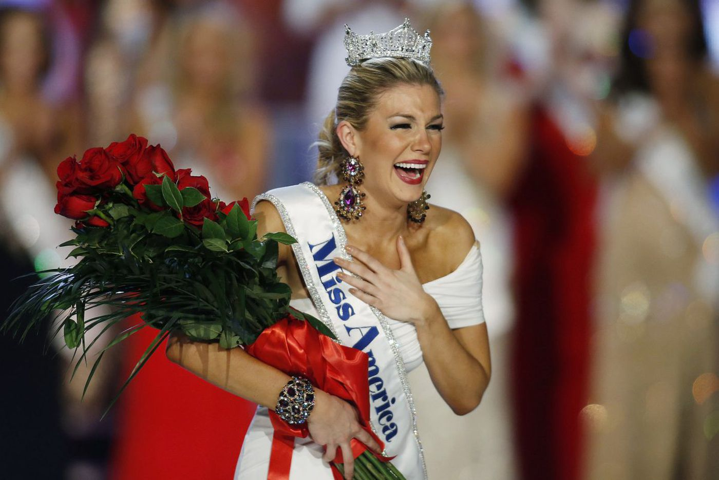 Firestorm continues over Miss America email scandal