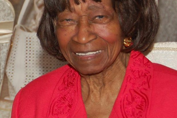 Ola B. Lofton, 95, an Army nurse who rose to captain, then nursed children in Philly