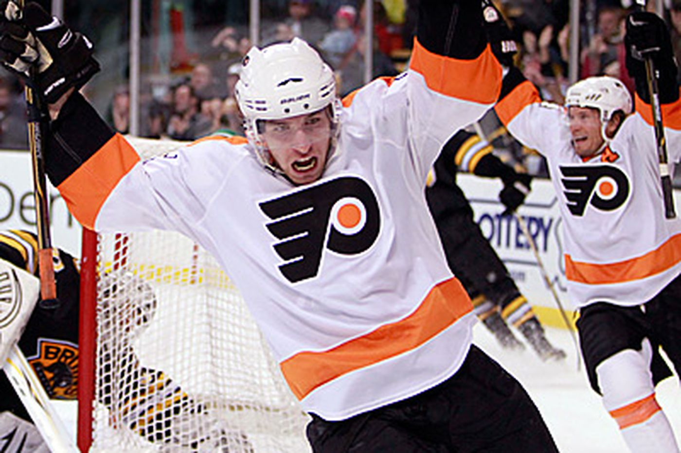 Mike Richards' OT goal boosts Flyers to win over Bruins
