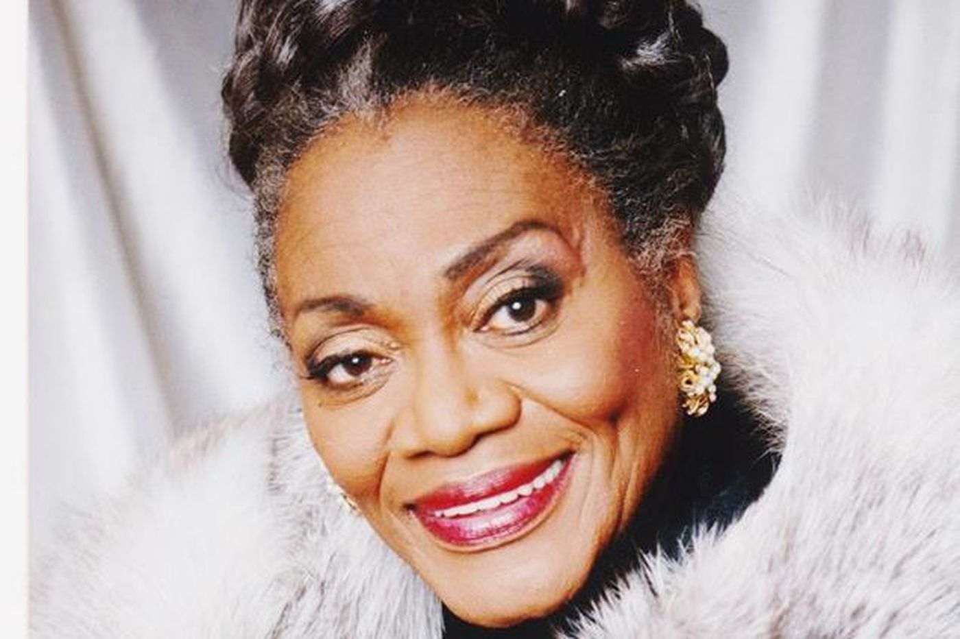 Blanche Burton-Lyles, 85, concert pianist who founded Marian Anderson Historical Society