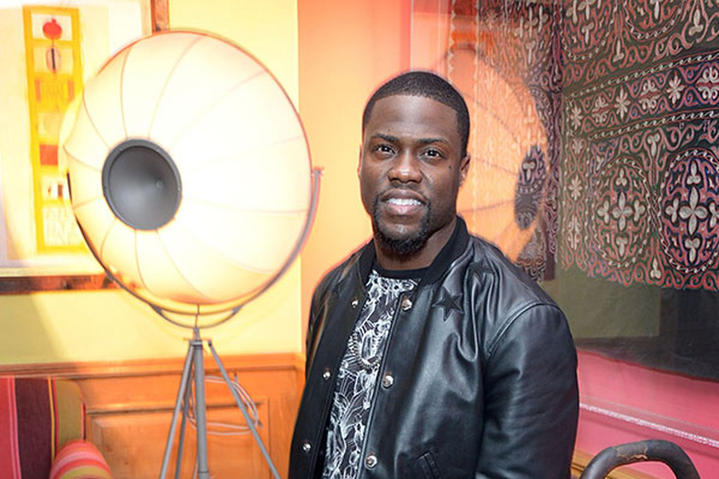 Kevin Hart to undergo lengthy physical therapy program after back surgery