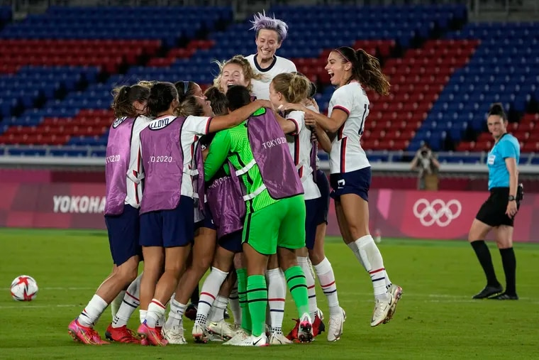 United States' players celebrate after the penalty shootout win over the Netherlands.