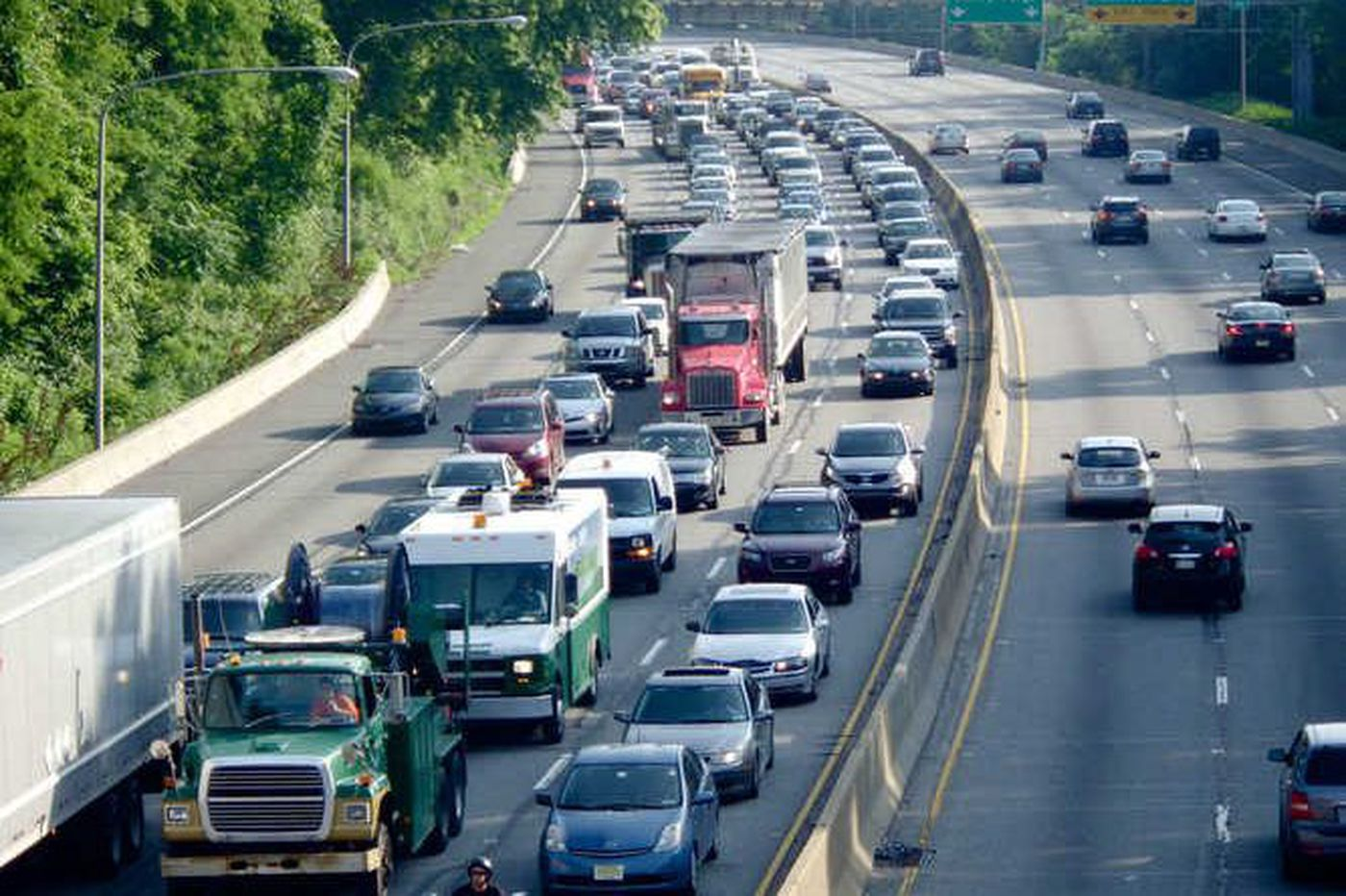 Feds: Bribes to PennDot official put dozens of untested, undocumented drivers on Philly roads