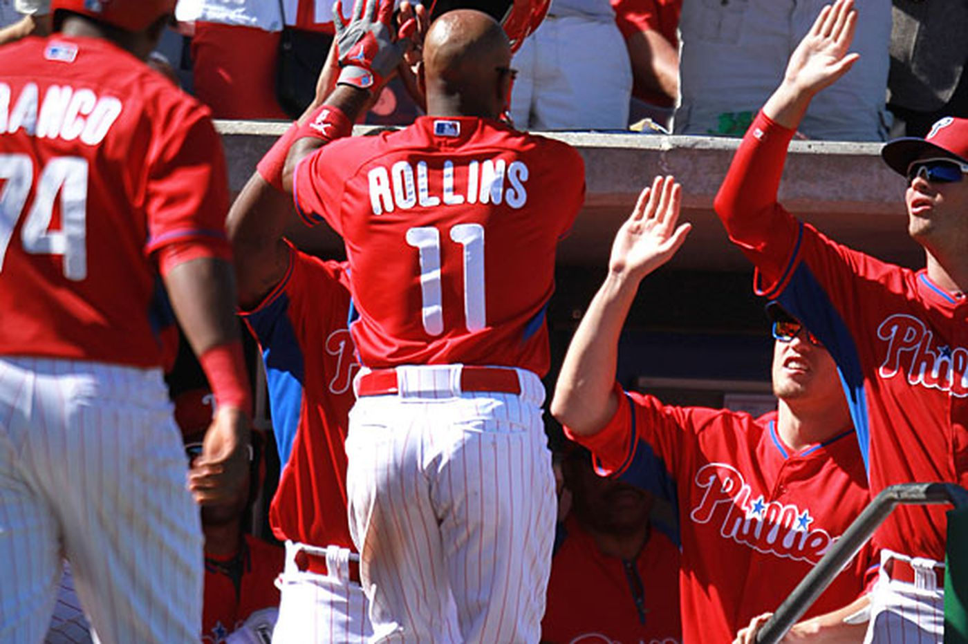 Jimmy Rollins powers Phillies to 10-6 win