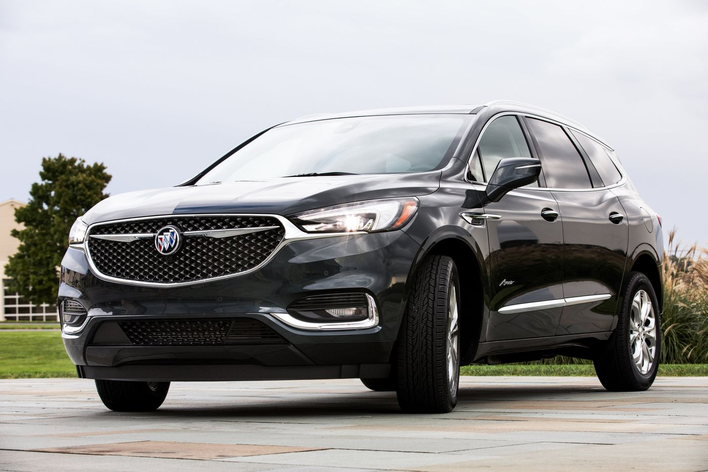 2018 Buick Enclave: Redesign, Styling, New Engines, Price >> Redesigned After 10 Years New Buick Enclave Is Worth The Wait
