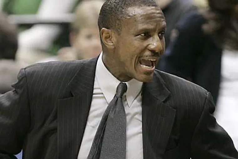 Dwane Casey, an assistant coach with the Dallas Mavericks, appears to be the first of the 76ers' original coaching candidates to receive a second interview. (Jim Mone/AP file photo)